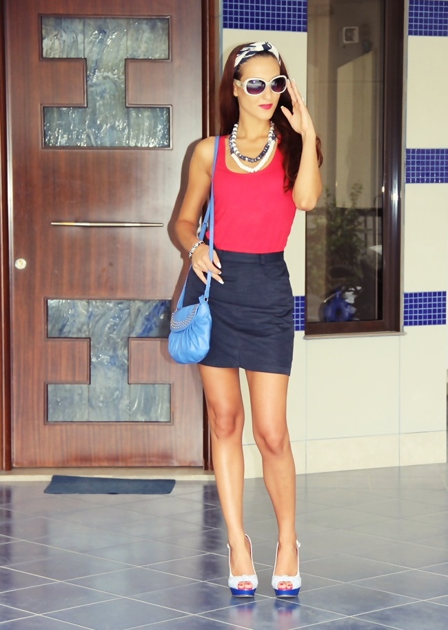navy mini skirt red top white-blue shoes and scarf blue purse