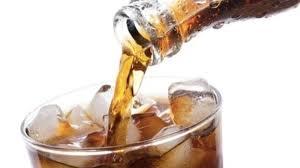 أدلة جديدة على علاقة مشروبات الصودا بقلة النوم
