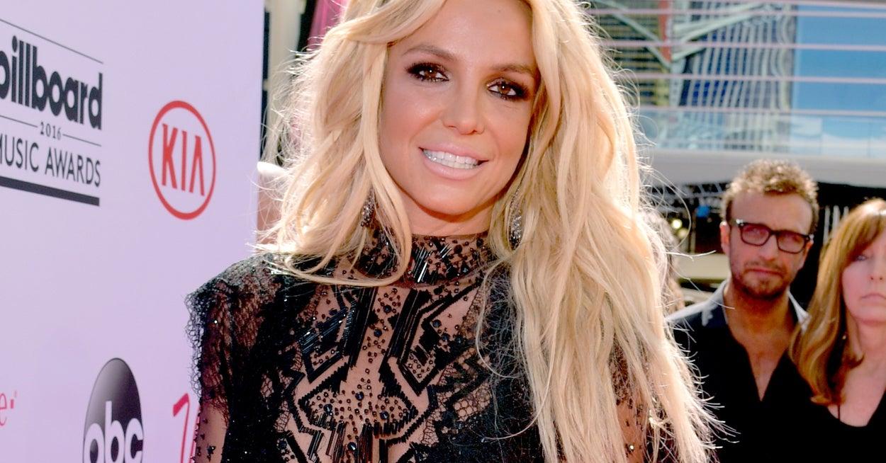 """Britney Spears choc """"Drogata per punizione, costretta a tenere la spirale intrauterina, rivoglio indietro la mia vita"""" #FreeBritney"""