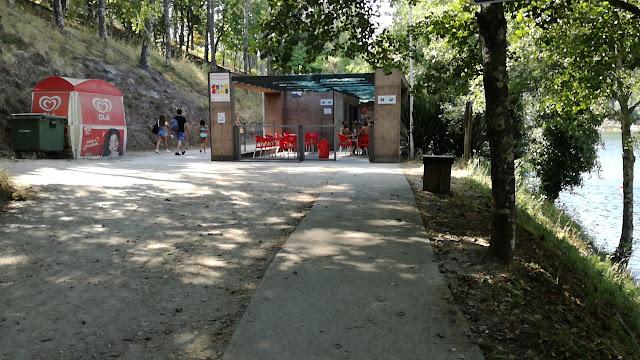 Bar da Praia da barragem de Queimadela