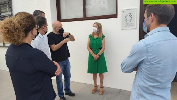Ana Pastor pone en valor el importante trabajo que realiza Cáritas en la isla