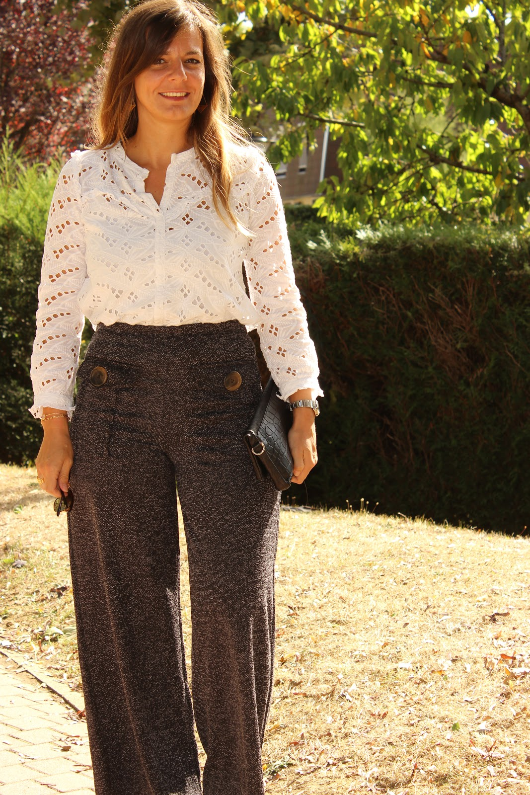 pantalon chiné zara, blouse dentelle opullence, les petites bulles de ma vie