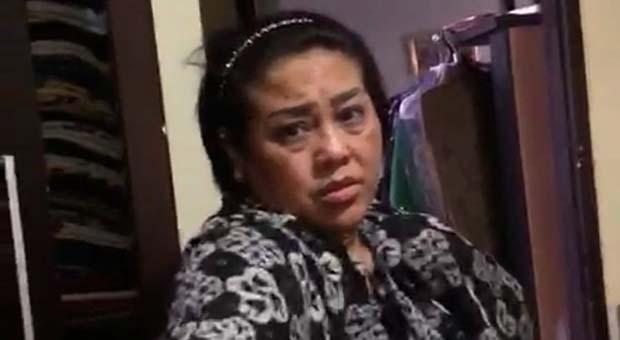 Tak Diizinkan Jenguk Ibunya, Anak Nunung Menangis di Kantor Polisi