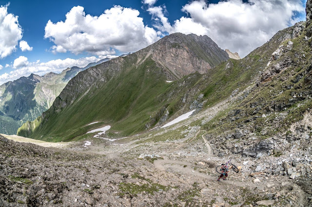 Downhill Trail Singletrail Seefeldspitze Südtirol