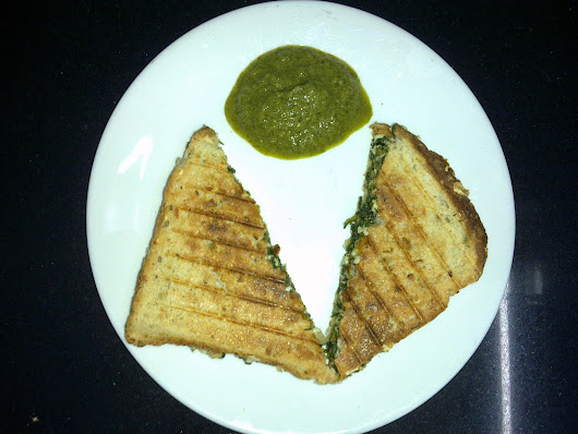 77. Grilled Sandwiches (Spinach & Paneer) - Oilfree