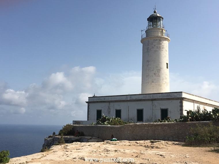 PUNTXET Viaje de 3 días a Formentera, Far de La Mola