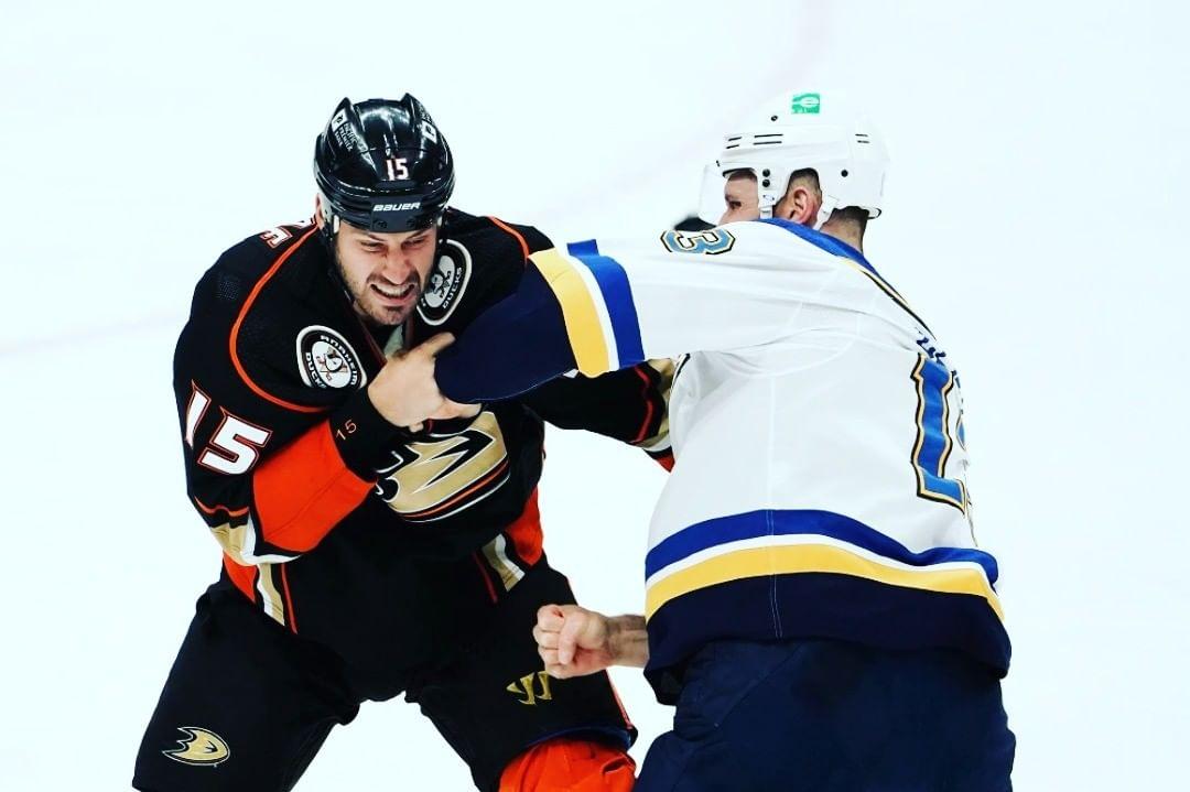 Getzlaf Clifford NHL Fight