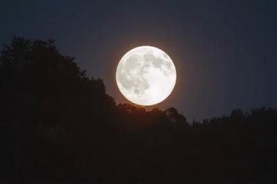 Lua cheia coincide com Sexta-feira 13