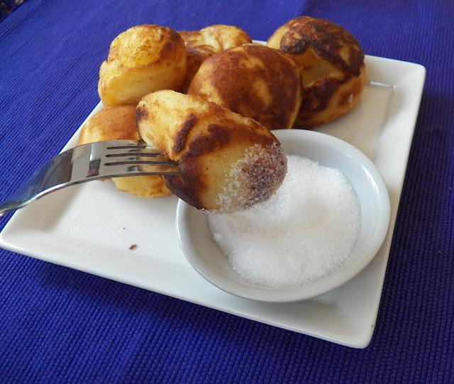 Æbleskiver  (Danish Pancake Balls)