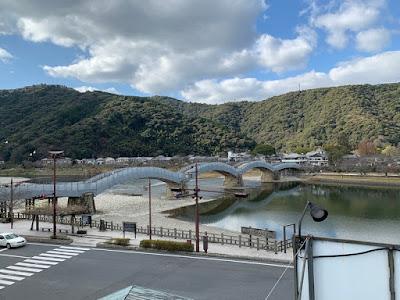 バスセンター展望台から見た錦帯橋