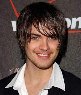 model-rambut-pria-shaggy-cut_56420012