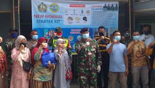 Danlanal Cirebon Berbagi Sembako Di Tengah Pandemi Covid-19