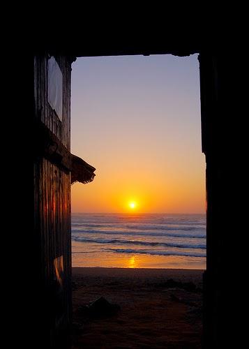 Αποτέλεσμα εικόνας για ήλιος παραθυρα σπιτιων