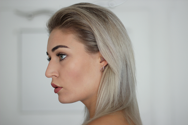 Photography-Maria Nila-Colour Refresh-Silver-Hair-Blogger-Modeblog-Beautyblog-Beauty-Haare-Grey Hair-Blog-Blogger-Lifestyle-Munich-Muenchen-Deutschland-Lauralamode