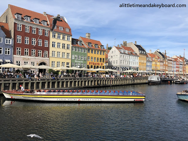 Vibrant and beautiful Nyhavn.