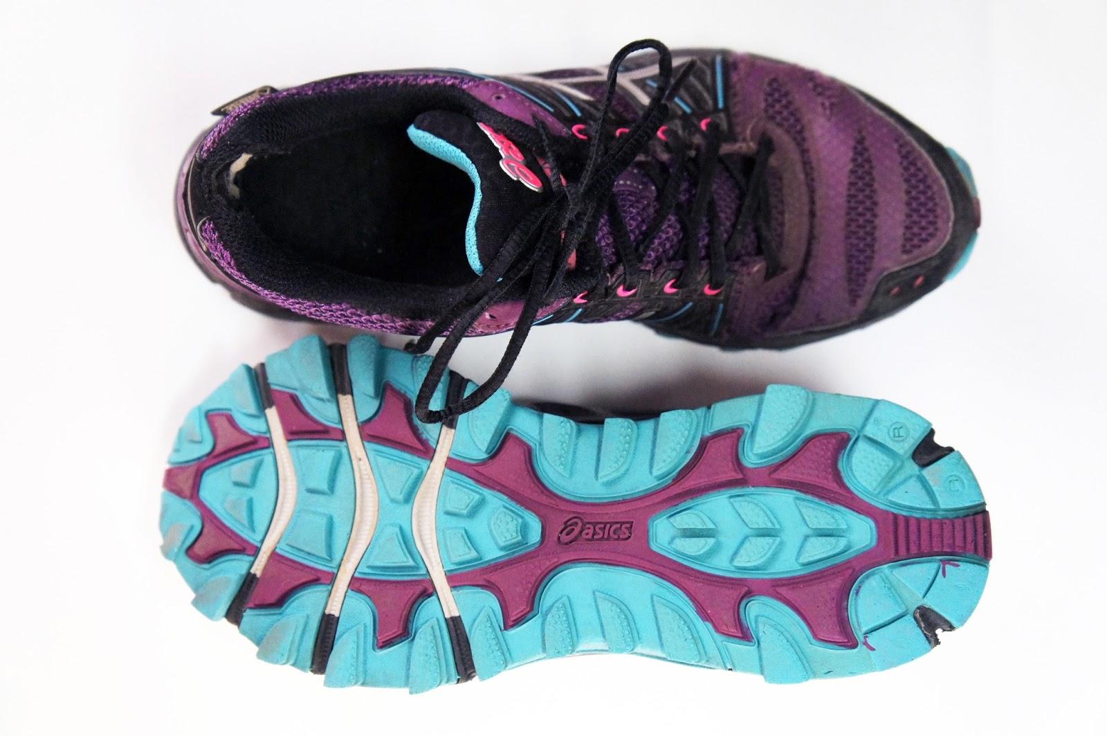 bc35c199 Любимые мои кроссовки для бега по бездорожью. Верх кроссовок состоит из  дышащей сетки, поэтому для бега зимой не очень подходят, но до -5-7 С бегать  вполне ...