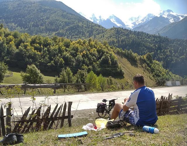 обед в горах