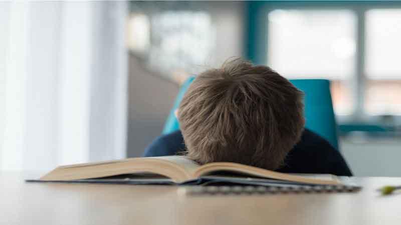 Anak 7 Tahun Belum Bisa Membaca, Waspadai dan Kenali Penyebabnya
