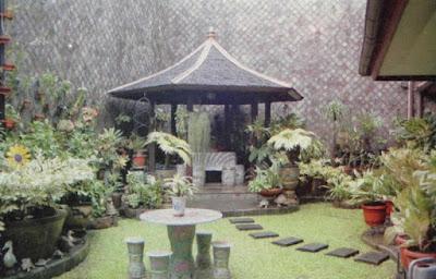 Dry garden di antara taman berbunga