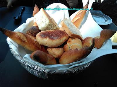 Bread basket, Robuchon au Dôme, Grand Lisboa, Macau