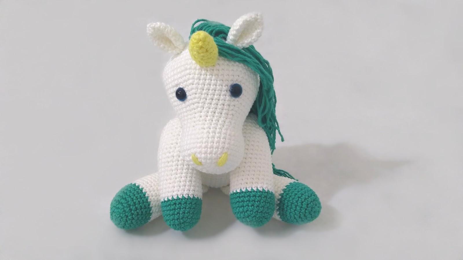 🦄 Como fazer um Unicórnio de crochê - YouTube | 900x1600