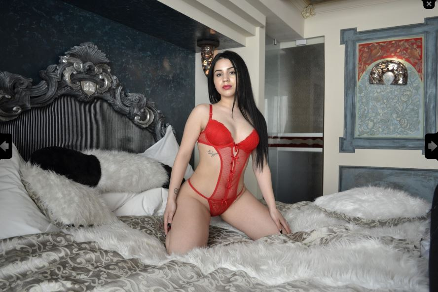 Dee_Lycious Model Skype