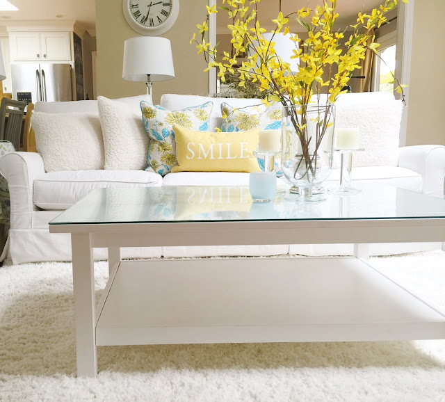 Northern California open concept home tour, Pottery Barn style, white slip covers