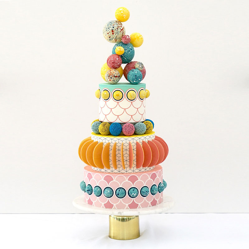 Sculptural Cakes with a Graphic Style by A R D Bakery