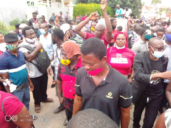 Govt colluding with NAM1 to rob us – Menzgold customers - Business,
