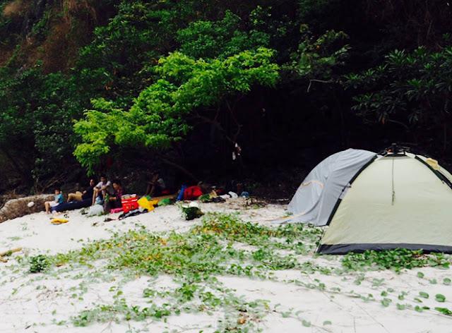 cắm trại nghỉ nơi trên đảo hoang sơn Mắt Rồng