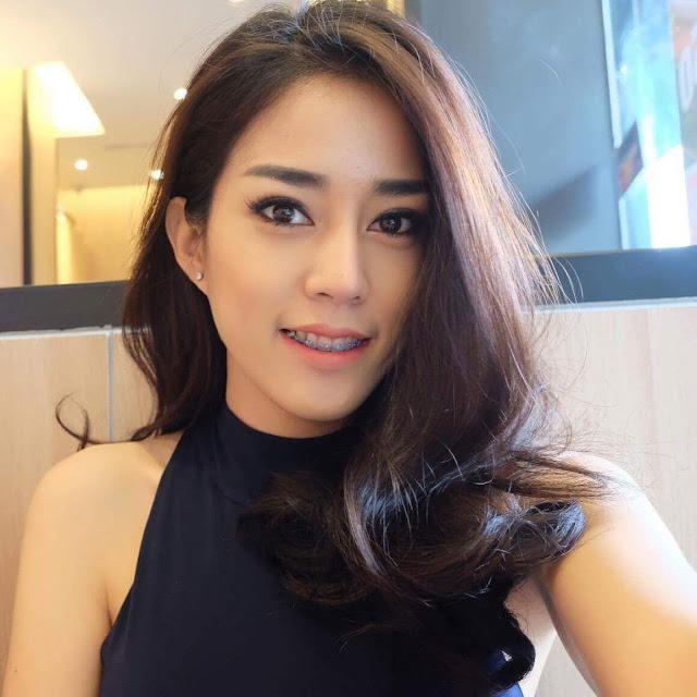 Tukang Cukur Super Cantik di Thailand
