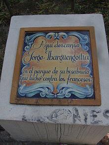 Tumba de Ibargüengoitia en el Parque Antillón de Guanajuato