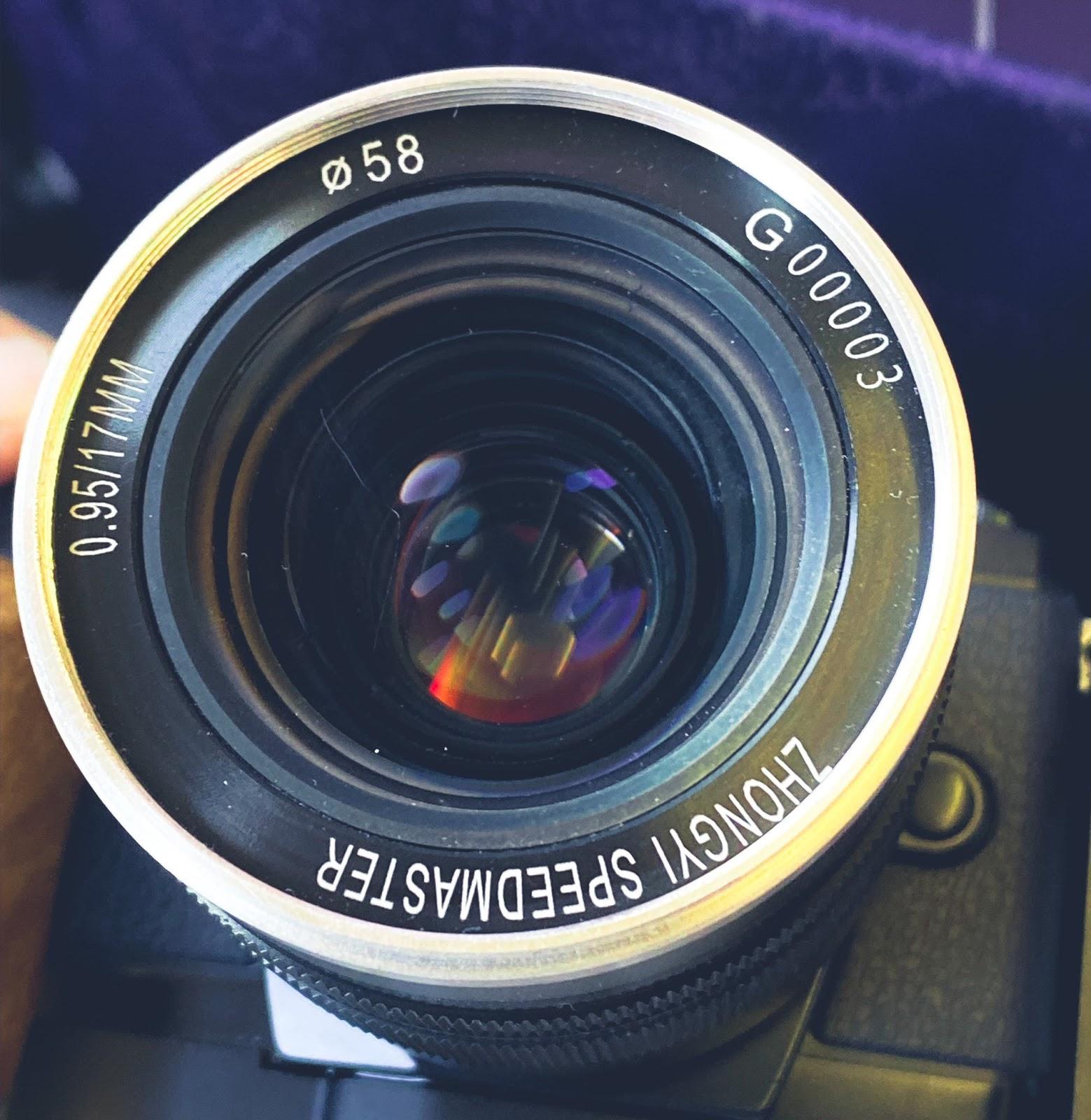 Объектив ZhongYi Speedmaster 17mm f/0.95