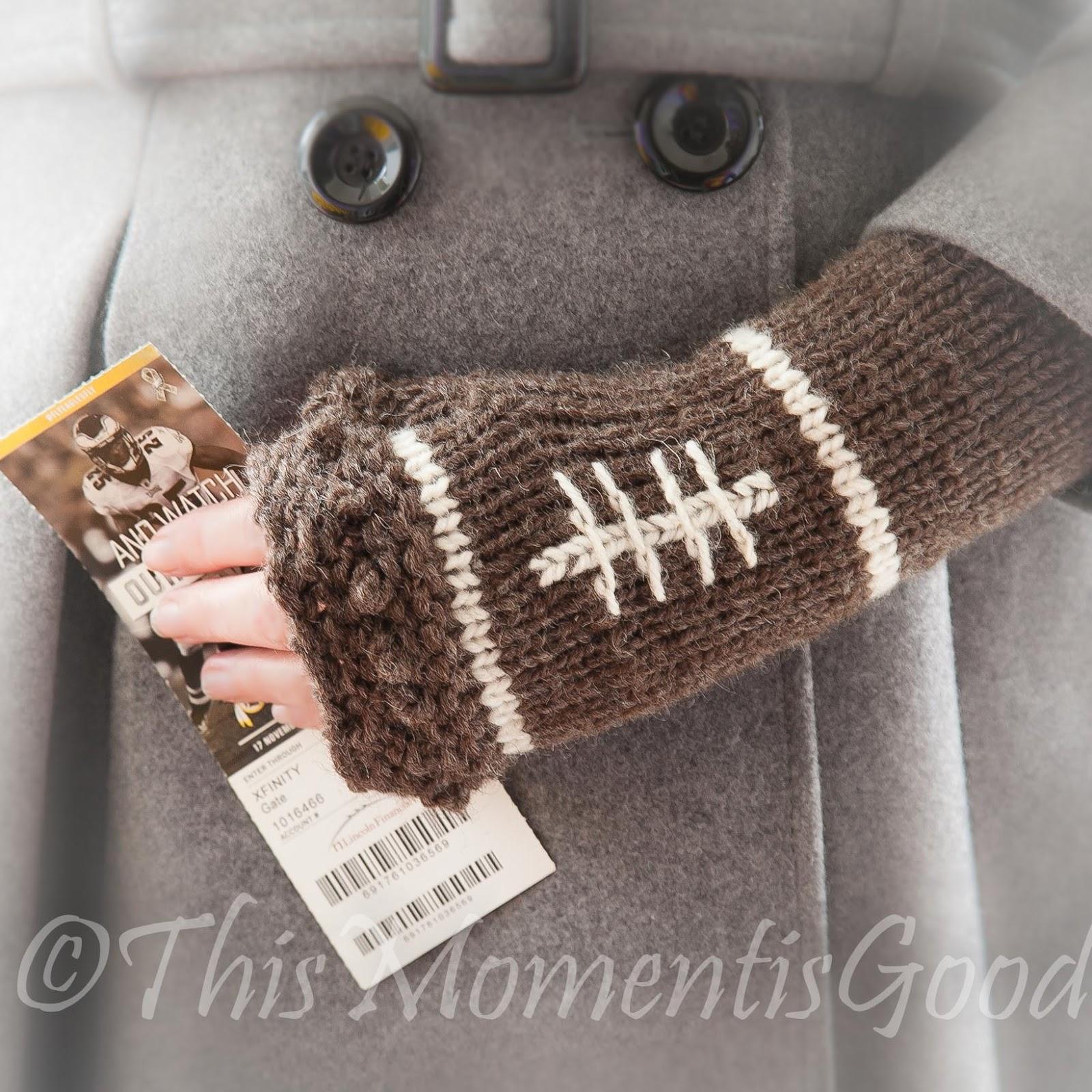 LOOM KNIT FINGERLESS MITTS PATTERN, FOOTBALL THEMED! | Loom Knitting ...