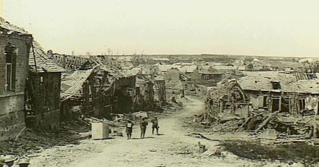 O rescaldo da terceira batalha de Morlancourt, situada 26 quilômetros a nordeste de Amiens, no norte da França