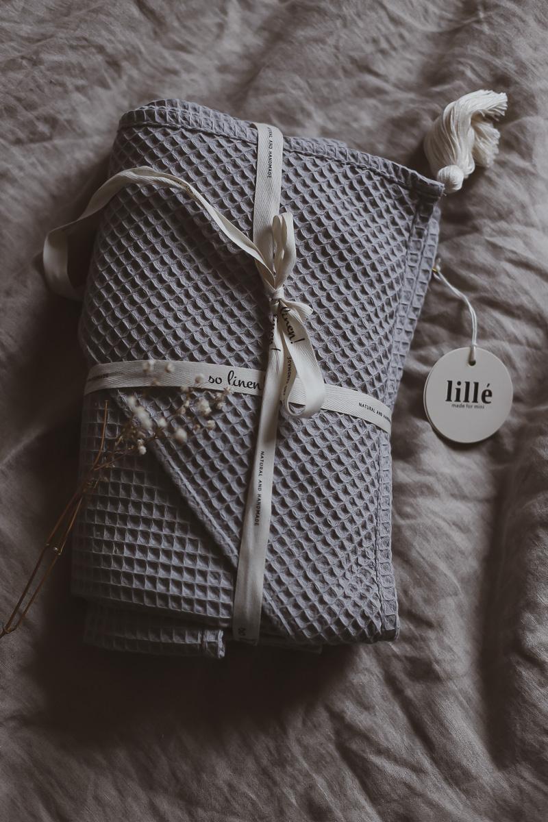 Lille ubranka dla noworodka