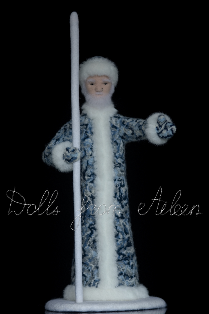 ooak needle felted Ded Moroz doll, full height facing forward