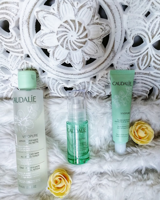 gamme contre l'acné vinopure anti-imperfection caudalie