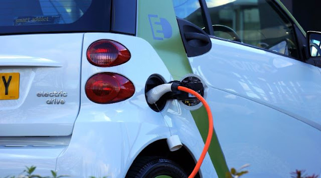 electric vehicle charging costs vs gasoline cars