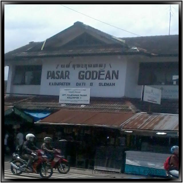 Perempatan Pasar Godean Yogyakarta
