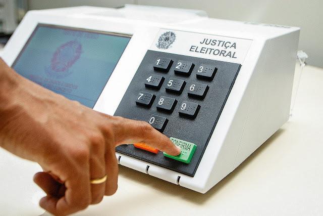 Como justificar o voto estando no exterior?
