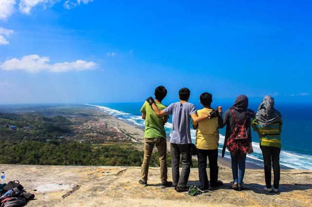 SPOTS TO VISIT WITH FRIENDS | TOP 10 PLACES TO TRAVEL WITH FRIENDS