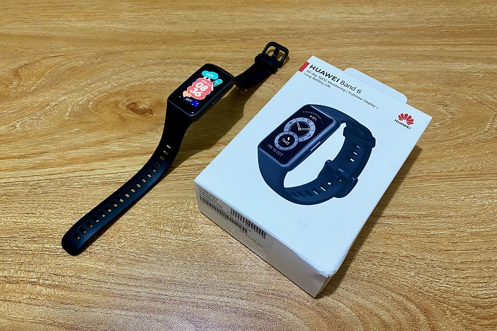 Huawei Band 6 Unboxing and First Impressions