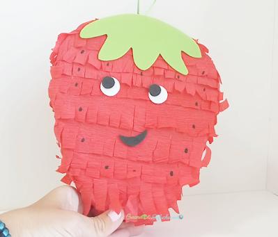 Mini Piñata de Fresa