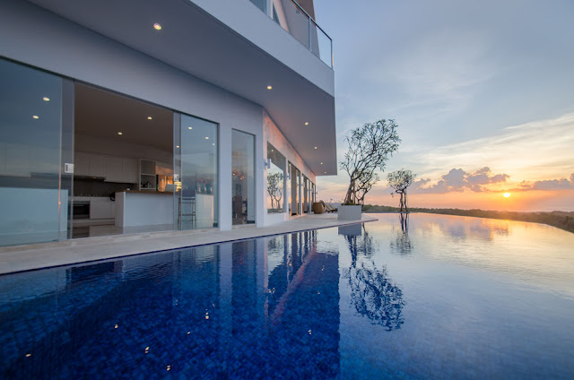 STUNNING SUNSET AND SEA VIEWS VILLA IN PECATU - BALI