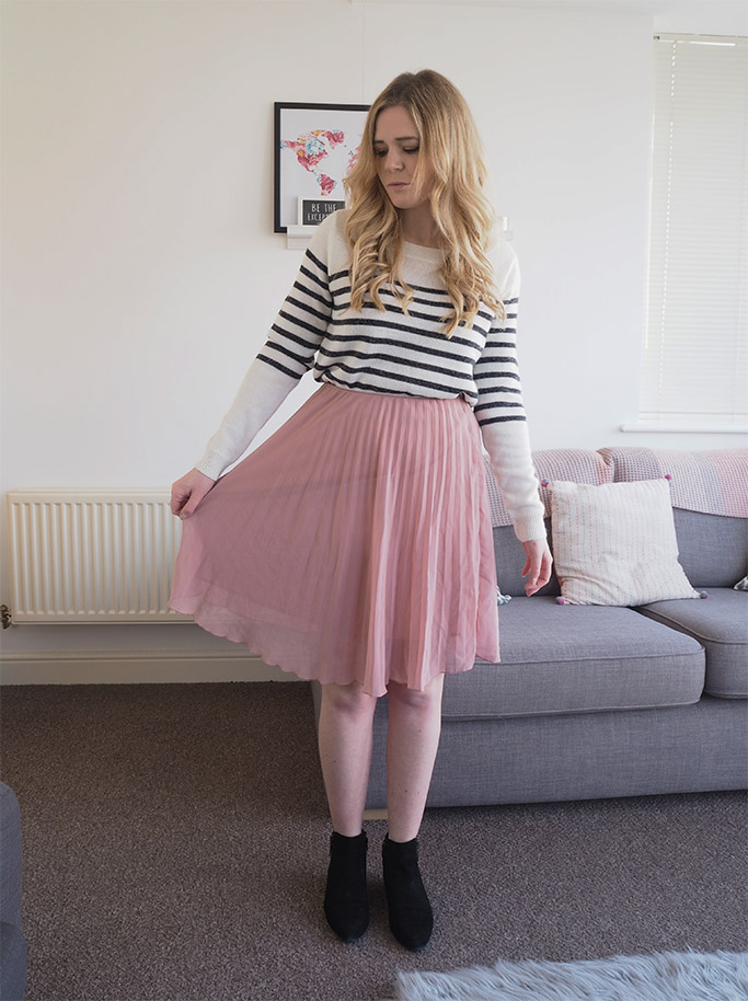 pleated pink midi skirt with jumper