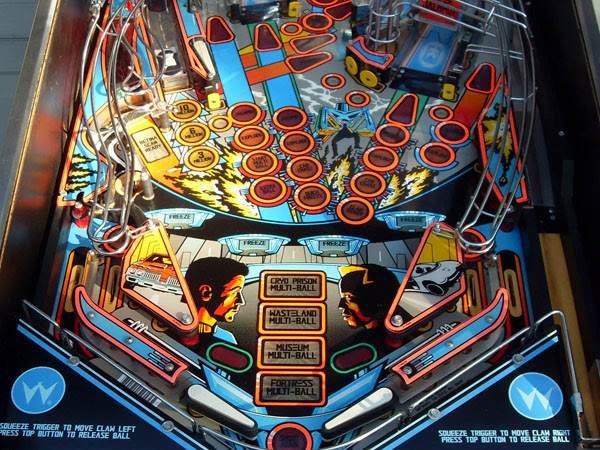 Pinball Demolition Man