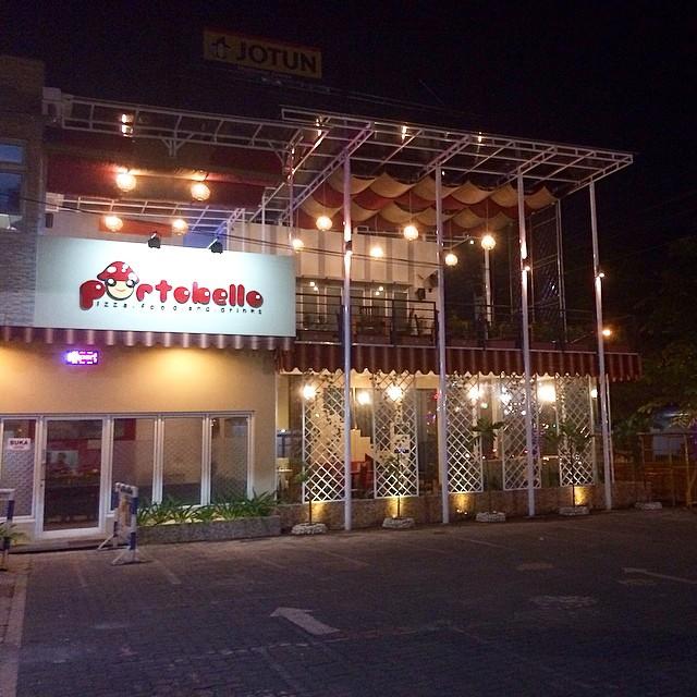 LOWONGAN KERJA SEBAGAI COOK HELPER DI Portobello  Café  Semarang