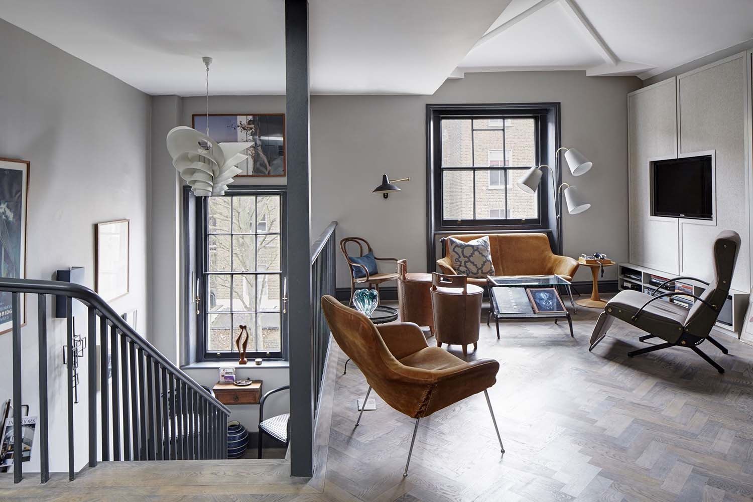 Decordemon loft apartment with stylish design in london for De square design and interiors