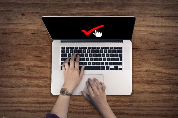 laptop dan spesifikasi terbaik untuk desain